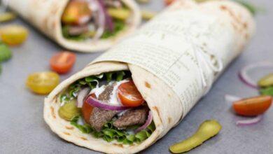 تصویر طرز تهیه ساندویچ بره لبنانی