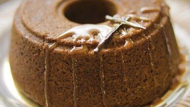 تصویر طرز تهیه کیک ثعلب با سس کارامل
