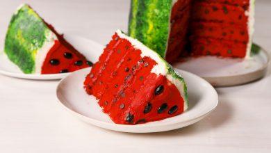 تصویر طرز تهیه کیک ژله هندوانه ای مخصوص شب یلدا