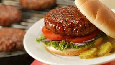 تصویر طرز تهیه همبرگر خانگی