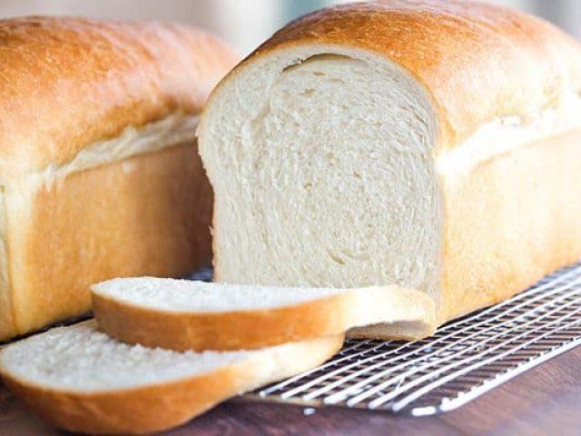 طرز تهیه نان تست خانگی