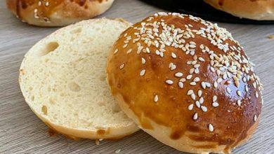 تصویر طرز تهیه خمیر و نان همبرگر