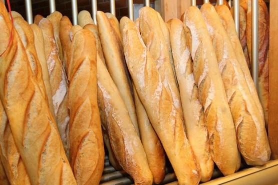 طرز تهیه نان باگت فرانسویی
